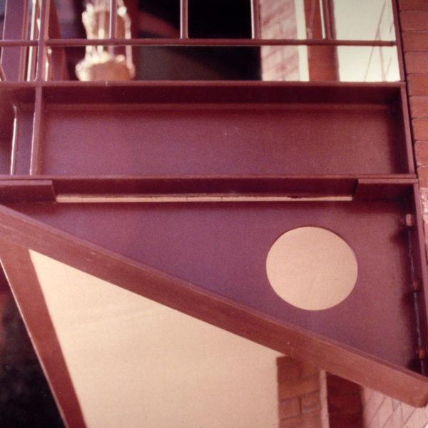View of the kitchen porch structural bracket
